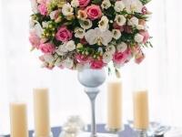 b_ezust_pink_magas_asztaldisz_korasztalra_orchidea_rozsa_eustoma_debreceni_eskuvo_divinus