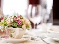 j_vintage_romantikus_eskuvoi_asztali_disz_porcelan_pink_barack__rozsa_debreceni_nyiregyhazi_eskuvo