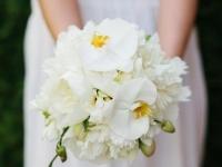 feher_orchidea_peoni_menyasszonyi_csokor_nyiregyhazi_eskuvo