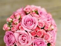 pink_rozsaszin_menyasszonyi_rozsacsokor_eskuvo_debrecen_