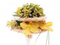 sarga_orchidea_kengurulab_modern_menyasszonyi_csokor_debreceni_eskuvo