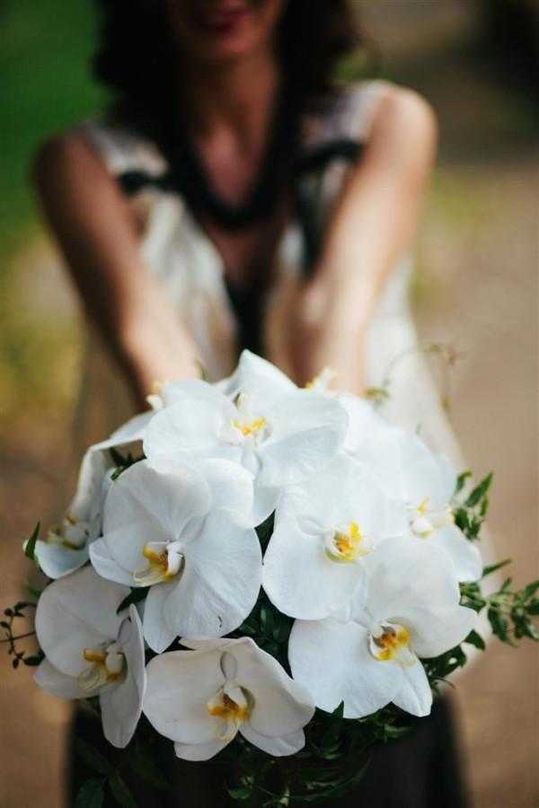 feher_orchidea_menyasszonyi_csokor_debreceni_eskuvo_ nyiregyhazi_eskuvo